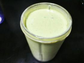 ダイエット簡単小松菜青汁バナナスムージー