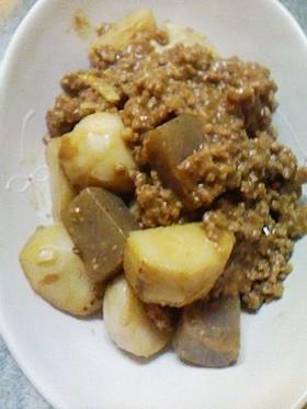 寒い!里芋の肉味噌煮