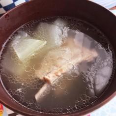 シンプル! 冬瓜スペアリブスープ