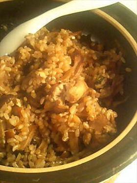 牡蠣とキノコの土鍋飯