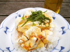 お豆腐丼のオリーブオイルかけ