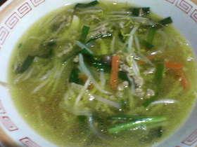 もやしとにらのカレー風味スープ