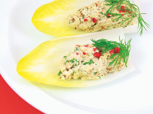 ナッツのツナ風サラダ