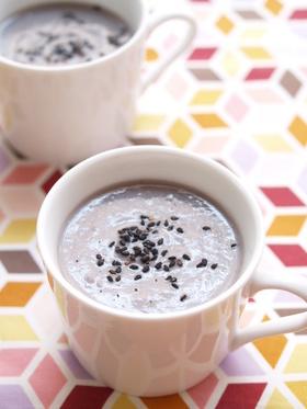 紫芋の豆乳ポタージュ