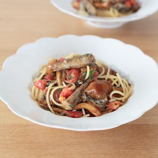 メヒカリとジャンボなめこのスパゲッティー