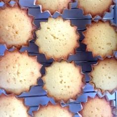 バニラカップケーキ アメリカ風