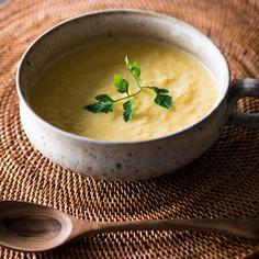 夏の香りのとうもろこしスープ