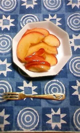 黒酢の簡単りんご煮