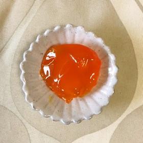 卵黄の鼈甲漬け(こぼれ梅)