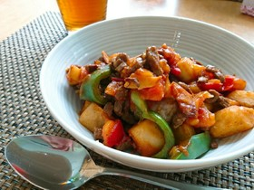 牛肉とトマトの甘辛炒め