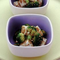 ブロッコリーと豆腐のナムル