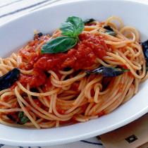 トマトとバジルのシンプルスパゲティ