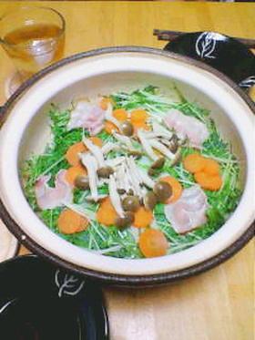 水菜と豚肉の蒸し鍋