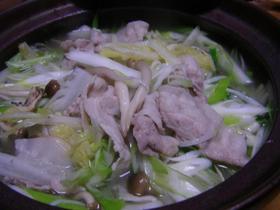 豚バラでお野菜たっぷり鍋