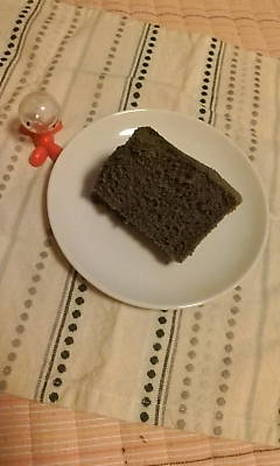 黒ごまシフォンケーキ