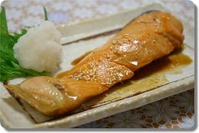 白いご飯にあう!鮭の照り焼き
