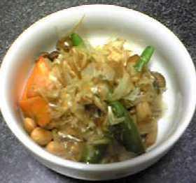 残り食材で:きのこと大豆のピリ辛炒め