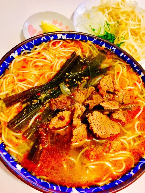 ベトナム人絶賛!ベトナム牛麺ブンボーフエ