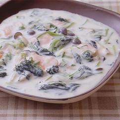 ほうれん草と鮭のクリーム煮