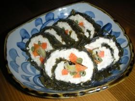 鶏ひき肉と豆腐の すき昆布巻き