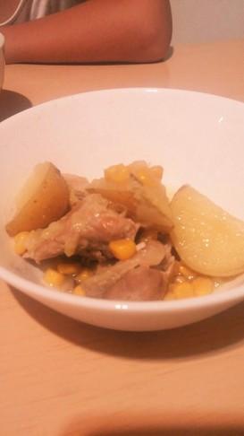 たっぷり野菜と冷凍鶏モモの煮込み