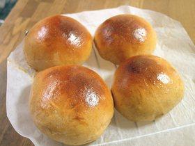 黒糖胚芽ロールパン