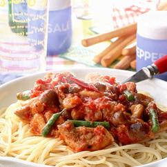 ピリ辛チキンのトマトソーススパゲティ