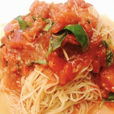 超簡単  トマトとバジルのカッペリーニ