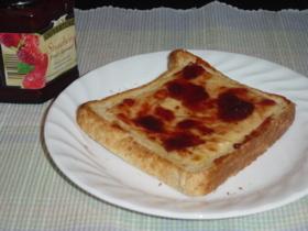 チーズ&ジャムトースト