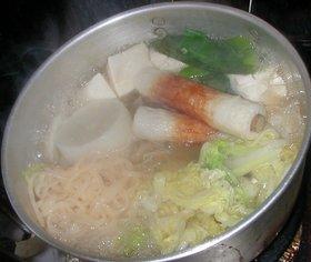 蒟蒻ソイヌードル鍋