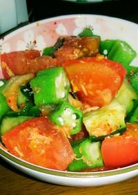 トマト、オクラ、きゅうりのツナキムチ和え