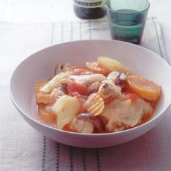 骨つきチキンのトマト煮
