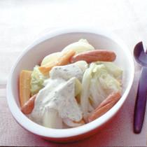 野菜とソーセージのホットサラダ