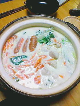 白菜の水なしミルク鍋☆