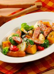 レンジで!ウインナーと野菜のホットサラダの写真