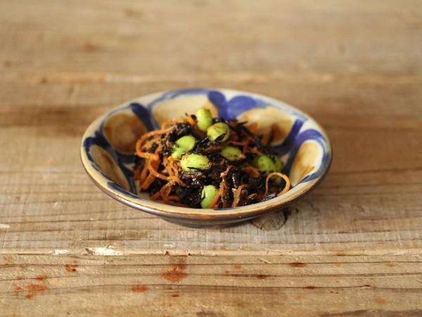 ひじきと枝豆とにんじんの胡麻和え