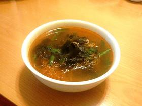 凍りしらたきでスープ@トムヤムクン気分