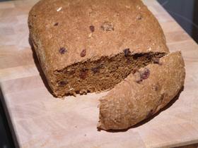 黒砂糖&オートミール&レーズンのパン
