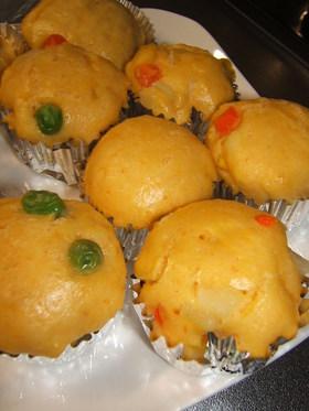 離乳食にもオススメ野菜たっぷり蒸しパン