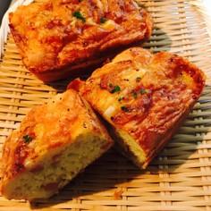 HMでチーズオニオンのケーキ