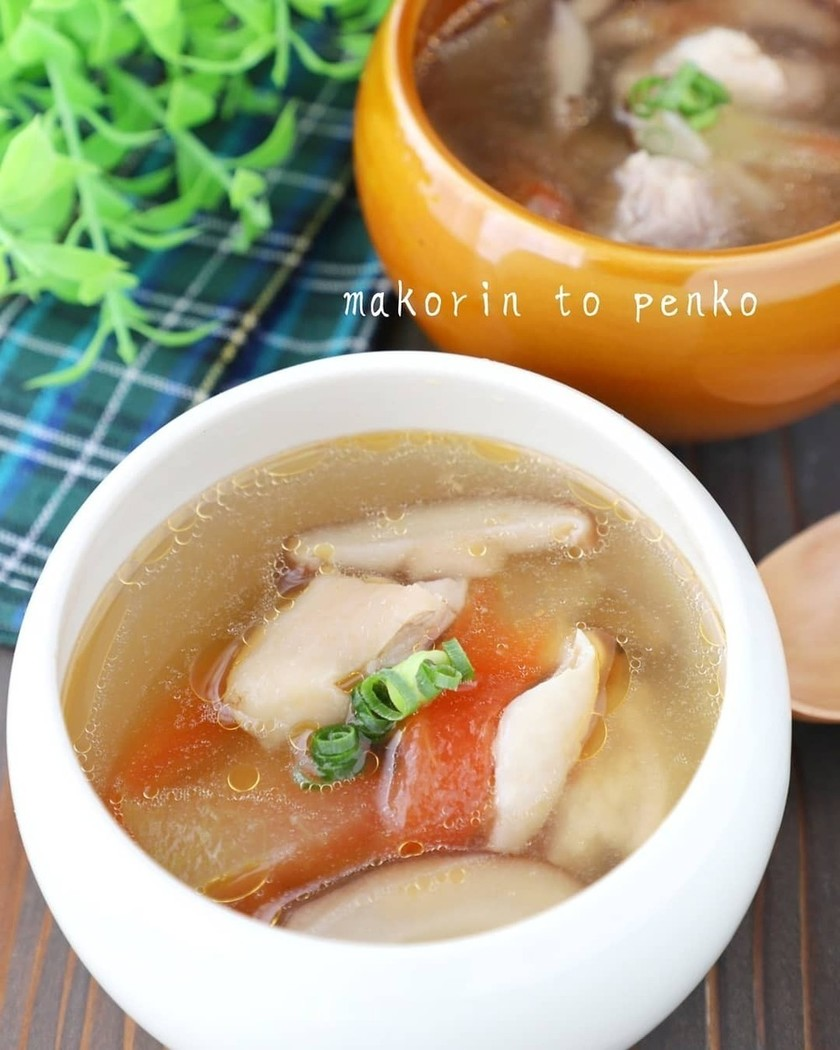 簡単!鶏もも肉とスイカの皮の絶品スープ