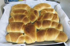 しっとりロールパン