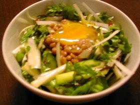 春菊の野菜たっぷりスタミナサラダ
