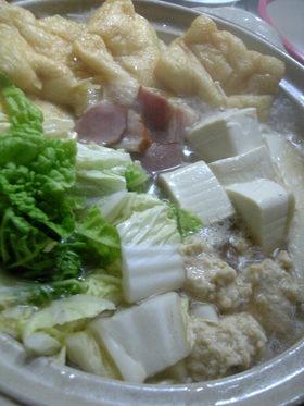 鶏団子と白菜 塩ちゃんこ。