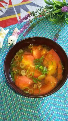 レンジで簡単 トマトの味噌汁