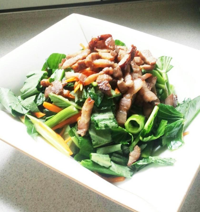 空芯菜とベーコンのサラダ