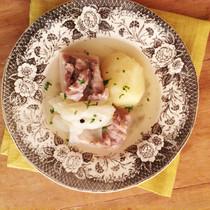 塩麹豚とじゃが芋のじんわりポトフ