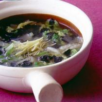 白菜のしょうが風味スープ