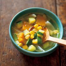 コーンと野菜のスープ