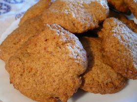 キャラメル風味のクッキーココナツ入り